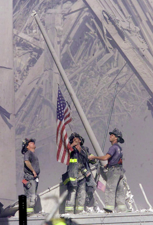 Old Glory Raised At New York S World Trade Center 11